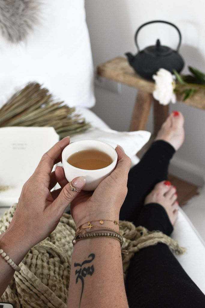 Achtsamkeit mit Hilfe von Tee