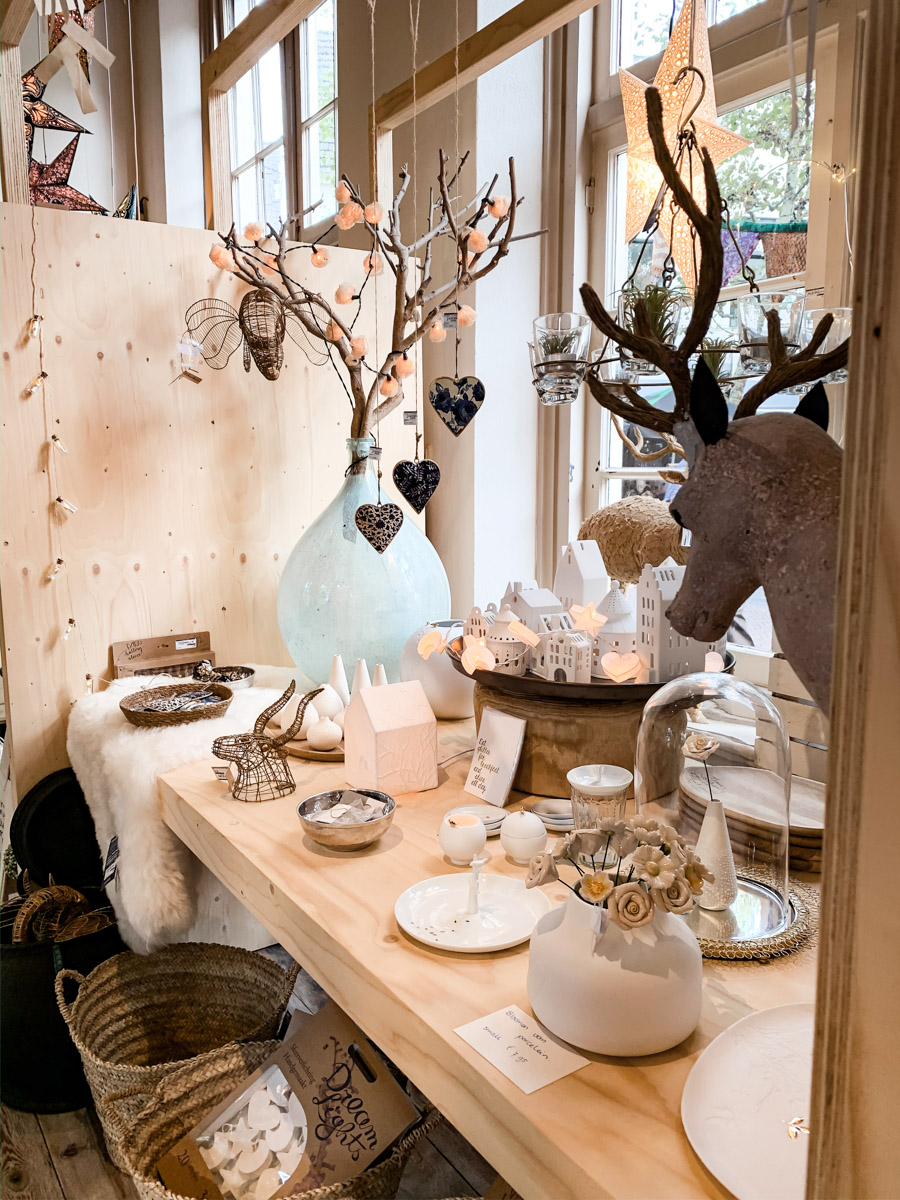 Schaufensterdeko in Haarlemer Geschäft