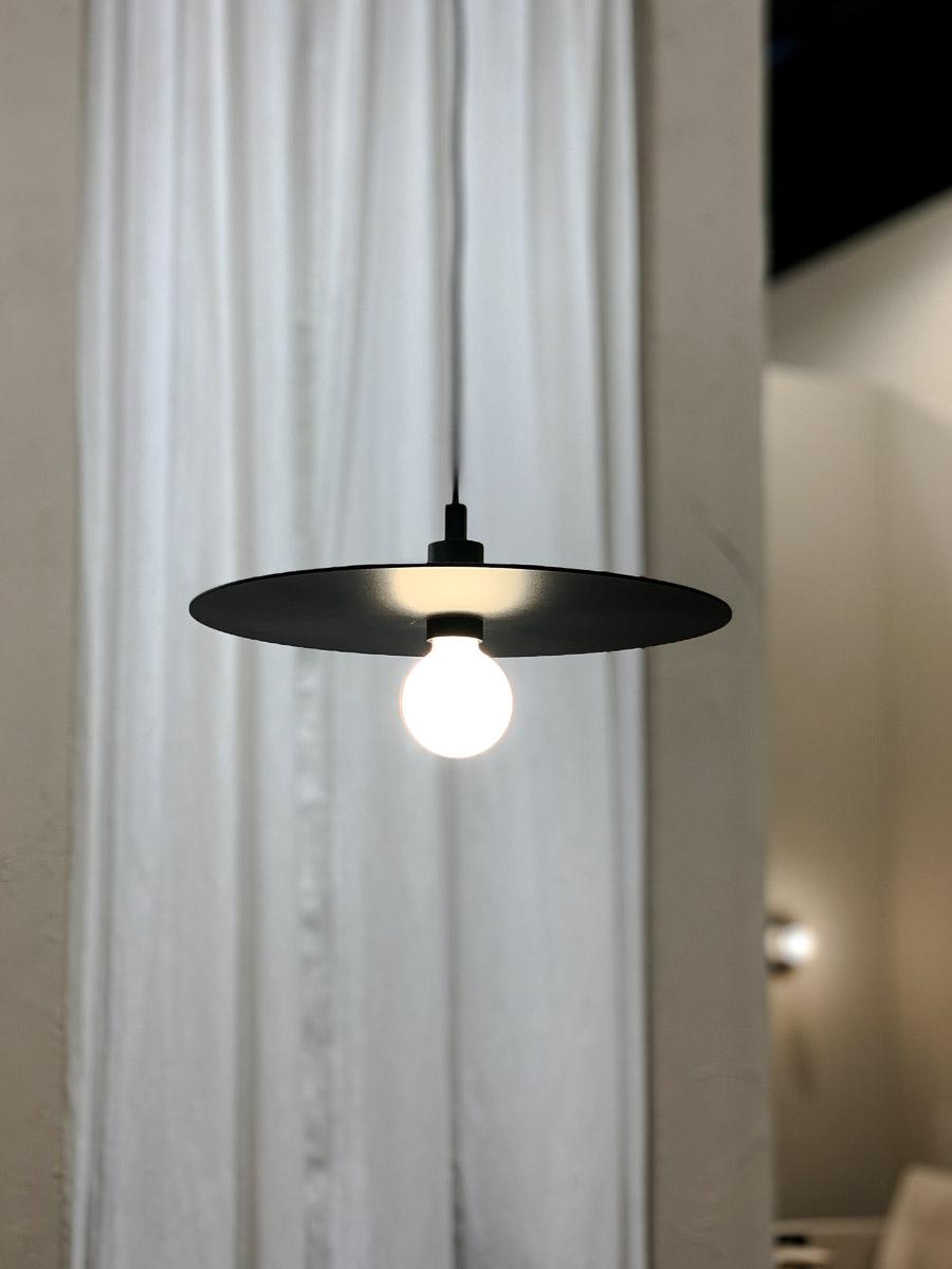 Möbelmesse Köln moderne Hängeleuchte