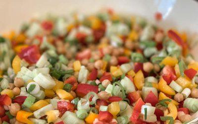Schneller Couscous-Salat mit Kichererbsen