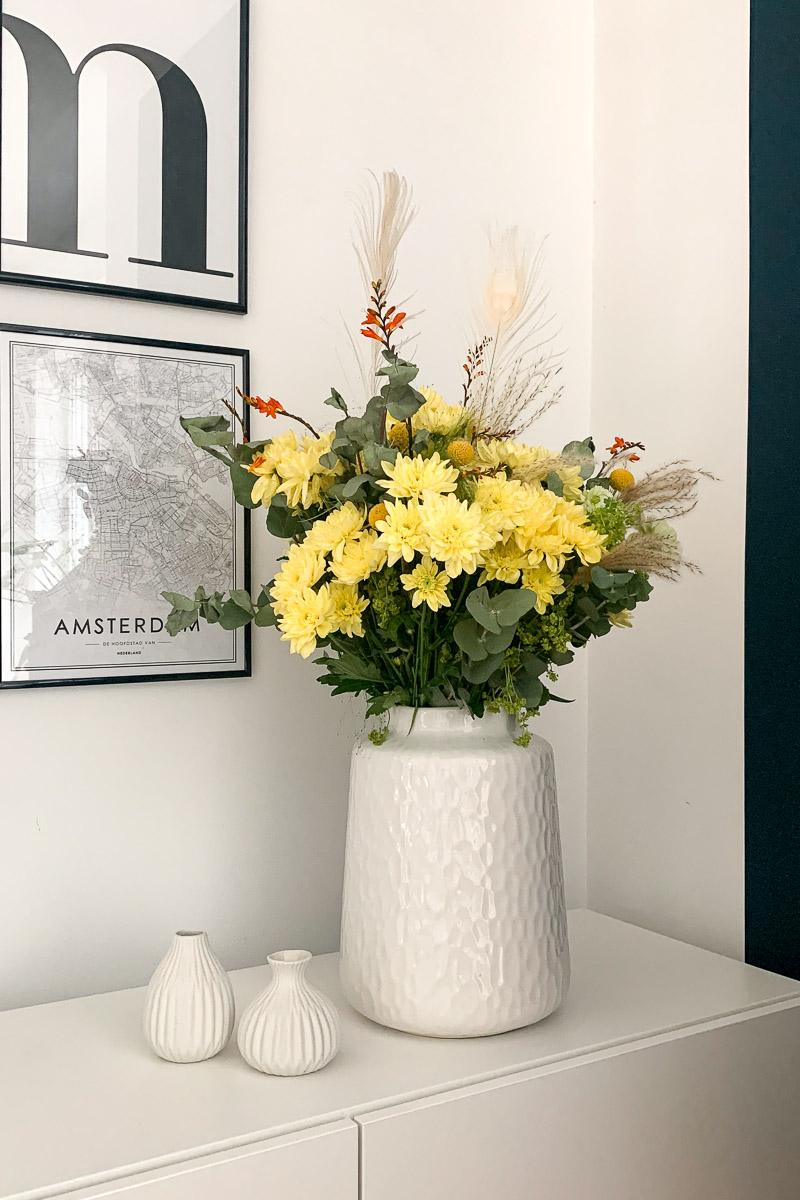 Blumenstrauß mit Spray-Chrysantheme Pina Colada